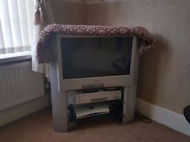 Sony TV 32 inch with Stand and remote