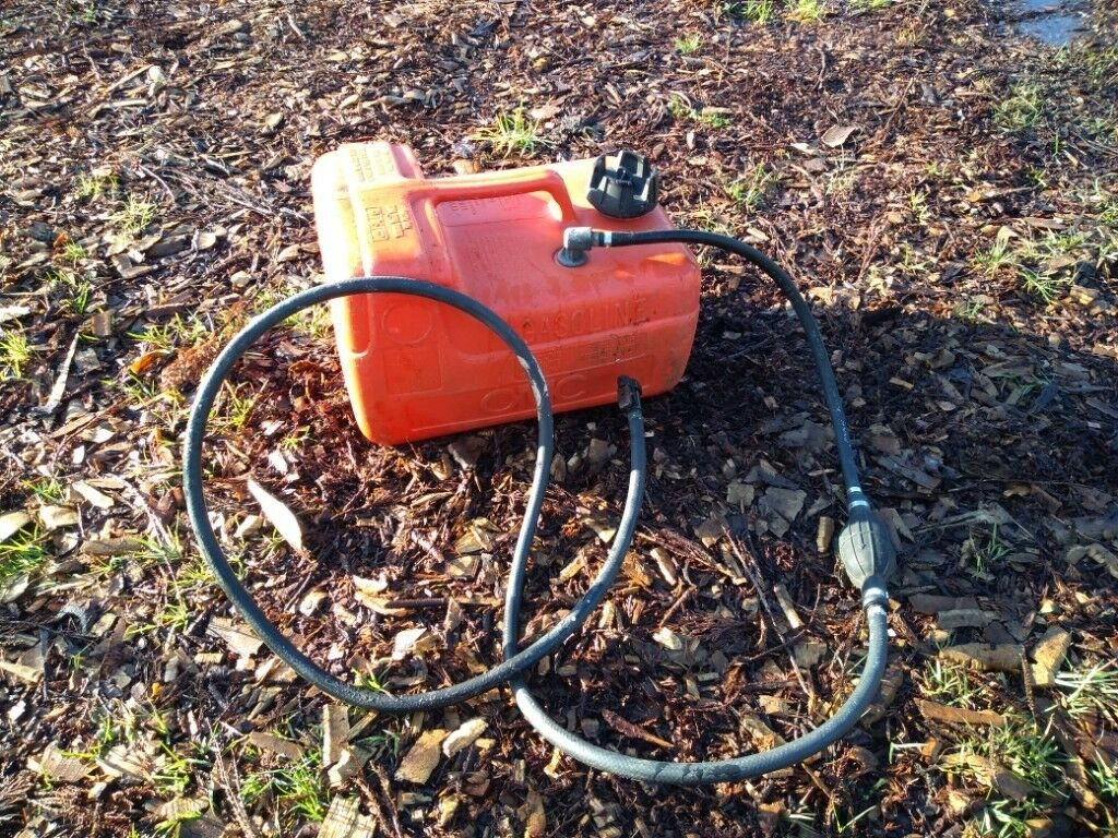 Boat fuel tank for outboard engine, 15 litre capacity | in Hastings, East  Sussex | Gumtree