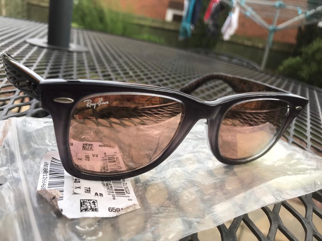 1294520574e Ray-ban wayfarer sunglasses. Swindon ...