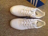 Adidas 350 size 10