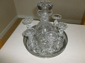 Sherry decanter with 6 sherry glasses and tray