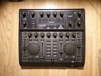 BEHRINGER BCD2000 B-Control DJ