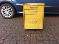 Mobile under desk drop filing cabinet with two addition storage drawers