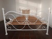 VICTORIAN STYLE METAL BED FRAME