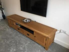 Cotswold Company Solid Oak TV Unit