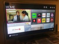 "32"" LG SMART 1080p LED TV , Home delivery available"