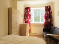 Quiet spacious double room in a lovely 3-bedroom flat/ Close to station. Most bills included.