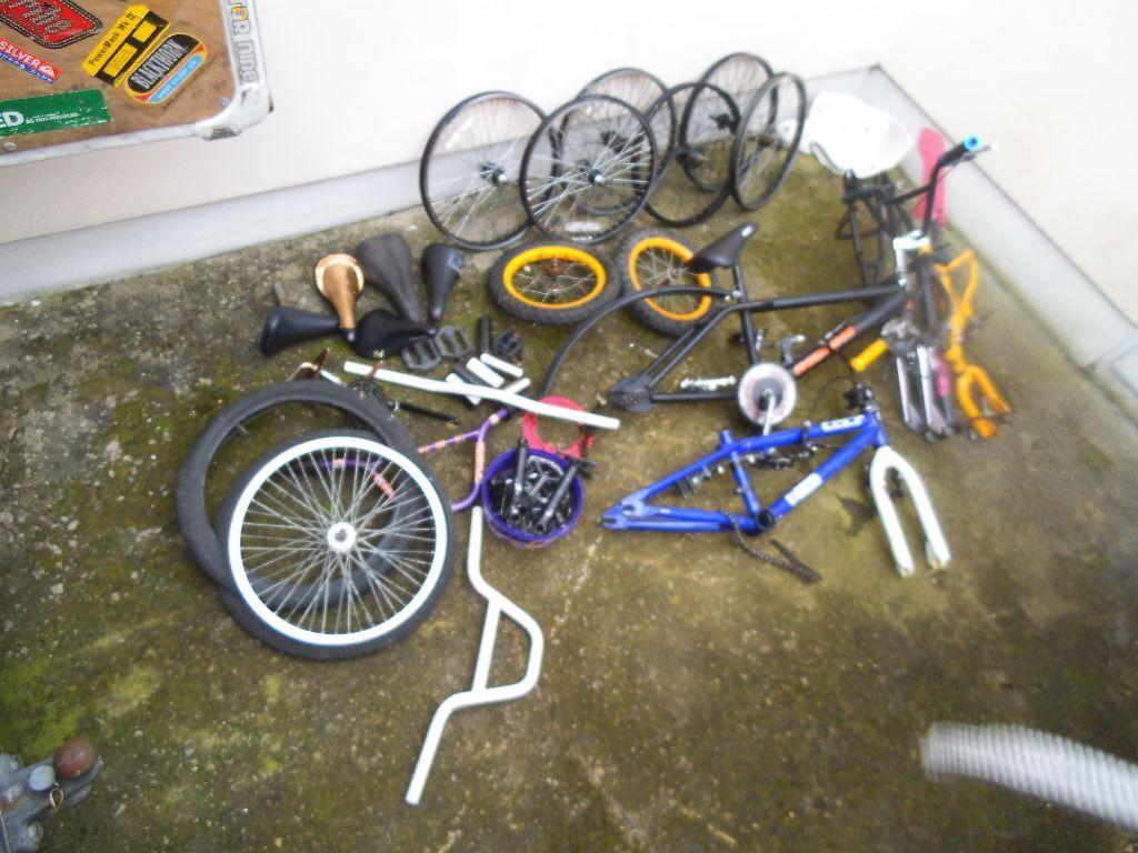 joblot of bike bmx framesparts bargain shed find cheap old bmx stuff