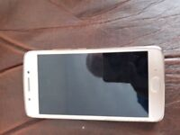 Vodafone Moto G5 Mobile Phone great condition fully charged but no charger