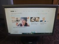 """19"""" Computer Monitor with built in speakers"""