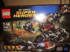 Bnib Lego dc comics super heroes 76086 knightcrawler tunnel attack