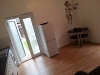 Furnished 1 bed flat chadwell heath for £750 inclusive all BILLS!