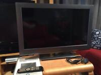 """32"""" HD lcd widescreen with freeview"""