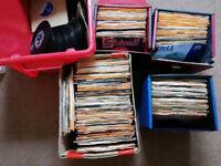 More than 300 x vinyl records (singles)