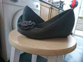 Grey wedge shoes size 3