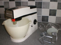 Kenwood Chef Food Mixer A901 £60