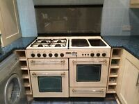 Leisure Victoriana Deluxe double oven gas range cooker with matching hood