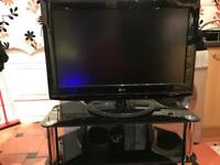 32'' LG TV AND STAND