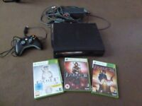 XBOX 360 + CONTROLLER + CABLES + WIFI ADAPTER + THE 3 EDITIONS OF FABLE