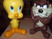 TWEETY AND TAZ RESIN SCULPTURES**LOONEY TUNES/WARNER BROS**ONLY £20 FOR BOTH