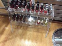 Nail polish's