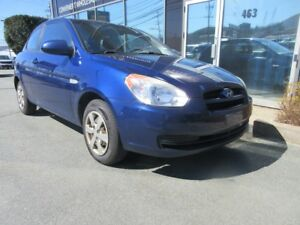 2009 Hyundai Accent AUTO HATCH WITH ONLY 142K