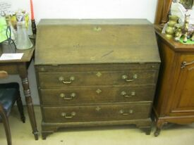 ANTIQUE VERY SOLID OAK GEORGIAN BUREAU - WRITING TABLE. LOCK & KEY. VIEWING/DELIVERY AVAILABLE
