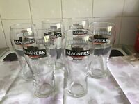 PINT GLASSES MAGNERS SET OF 6 - LOVELY CONDITION