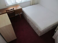 Lovely Double Room in Abbeywood