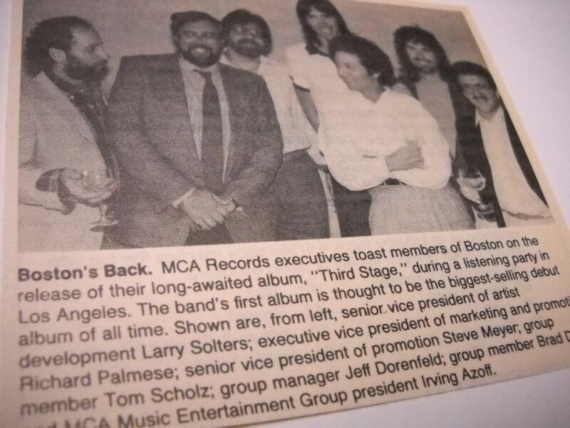BOSTON Tom Scholz Brad Delp etc. pose w/ execs 1986 music biz promo pic/text