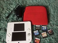 2ds, case, charger and 6 games