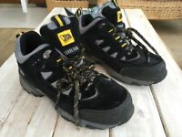 JCB Trekker Low Safety Shoe - UK 4 - Steel Toe Cap Boot / Trainer