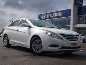 2013 Hyundai Sonata GL | NO ACCIDENTS | HEATED SEATS & BLUETOOTH Stratford Kitchener Area image 2