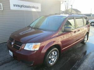2009 Dodge Grand Caravan STOW-N-GO !!!