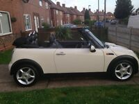 Mini Cooper convertible, 1.6, white! Full history,excellent condition.