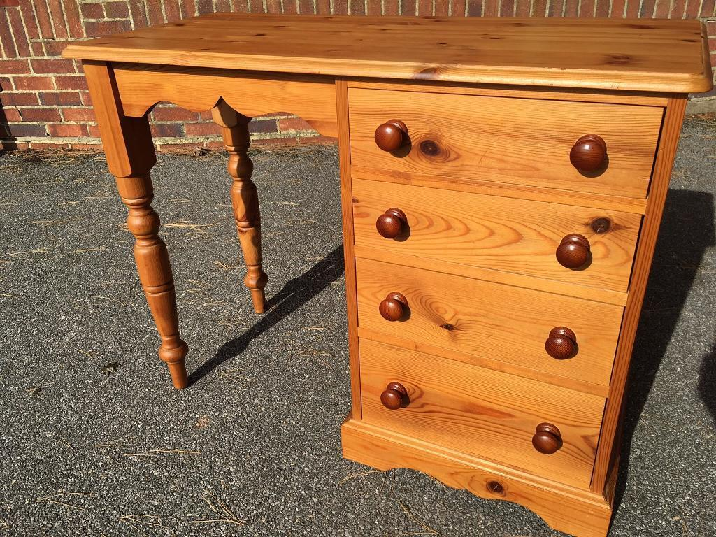 Solid pine desk dovetail joints etc possible delivery