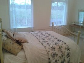 Double room with views overlooking The Wanstead Flats