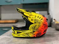 Troy Lee Designs D3 MIPS Ravage Helmet