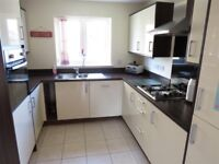 3 Bedroom Apartment In The Heart of Brixton Available Today *£1900*