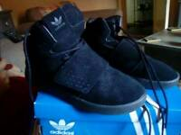 Boys size 1 adidas black high tops