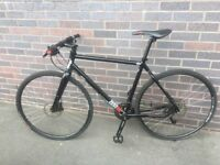 Like New Charge Zester 2013 Hybrid/Town bike Unisex 19 inch Medium from 170cm to 184 cm max