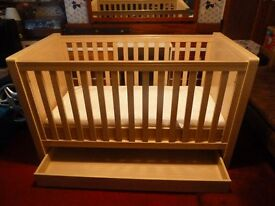 Cotbed from Fenwicks inc draw & premium mattress from birth to age 5 very good condition