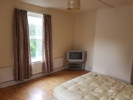 Room to rent in shared House.