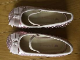 John Lewis girls pink leather shoes sz 9