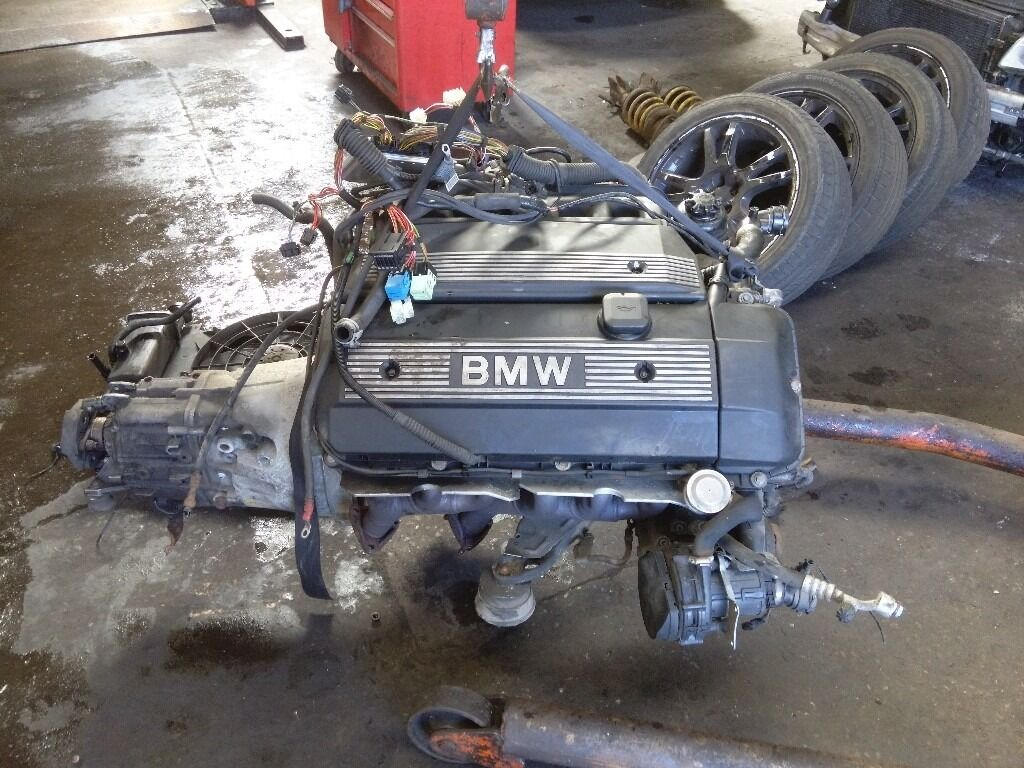 BMW 328I ENGINE AND MANUAL GEARBOX COMPLETE M52B28  in Govan