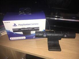 VR HEADSET + CAMERA + 2 VR GAMES