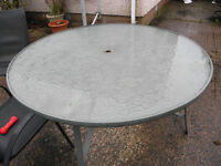 5ft Round Glass Top Patio Table