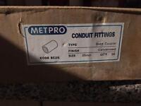 Metpro 25mm conduit couplers x50