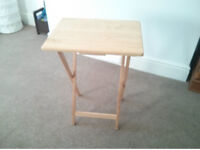 Foldable wooden laptop/side table
