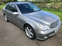 Nov 2004 Mercedes C-Class Facelift 200CDI CLASSIC SE 120bhp 6 speed FSH 1yrs Mot 3mth warranty